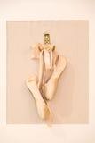 Attaccatura delle scarpe di balletto Fotografia Stock Libera da Diritti