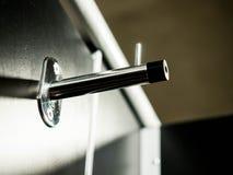 Attaccatura inossidabile nella toilette Fotografia Stock