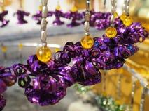Attaccatura mobile dei piccoli fiori porpora Fotografie Stock Libere da Diritti