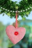 Attaccatura rossa del tessuto del cuore Fotografia Stock Libera da Diritti
