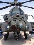 Attacco con elicottero del Hughes AH-64 Apache Immagini Stock