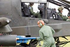 Attacco con elicottero di AH/64 Apache Immagini Stock