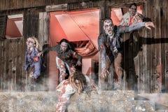Attacco dello zombie Immagine Stock