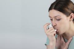 Attacco di asma immagini stock