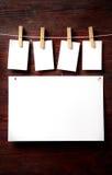 attach ubrań papierowe fotografii szpilki rope Zdjęcie Stock