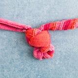 Attachement d'un noeud Photographie stock