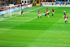 attackfotboll Royaltyfri Bild