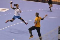 Attaque de handball Photos libres de droits