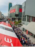 Attendees of Oracle Open World conference go to  Moscone Center. SAN FRANCISCO, CA, USA - NOV 12, 2007: Attendees of Oracle Open World conference go to  Moscone Stock Image