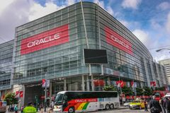 Attendees of Oracle Open World conference go to  Moscone Center. SAN FRANCISCO, CA, USA - OCT 4, 2011: Attendees of Oracle Open World conference go to  Moscone Stock Image