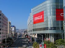 Attendees of Oracle Open World conference go to  Moscone Center. SAN FRANCISCO, CA, USA - SEPT 18, 2005: Attendees of Oracle Open World conference go to  Moscone Stock Photo