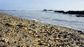 Attendendo alla spiaggia immagini stock