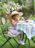 Attente biseautée le gâteau ! photos libres de droits