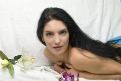 Attente d'un massage arrière Photographie stock libre de droits
