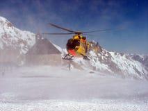 Atterraggio dell'elicottero nel moun Fotografia Stock