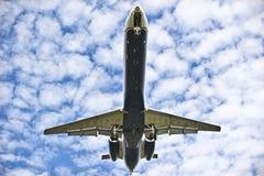 Atterraggio di aeroplano Immagini Stock Libere da Diritti
