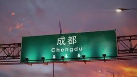 Atterraggio di aeroplano Chengdu durante l'alba meravigliosa stock footage