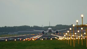 Atterraggio di aeroplano del jet stock footage