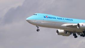 Atterraggio di aeroplano a Francoforte archivi video
