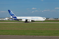 Atterrissage A380 Photographie stock libre de droits