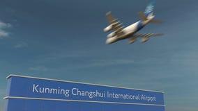 Atterrissage d'avion commercial au rendu de l'aéroport international 3D de Kunming Changshui Photo libre de droits