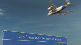 Atterrissage d'avion commercial au rendu de San Francisco International Airport 3D Images libres de droits