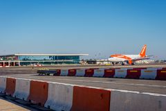 Atterrissage d'avions d'Easyjet Image libre de droits