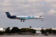 Atterrissage d'Embraer ERJ-145EP d'air d'IBC Images libres de droits