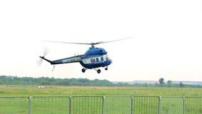 Atterrissage d'hélicoptère banque de vidéos