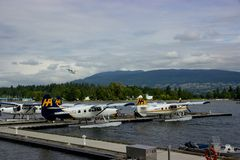 Atterrissage d'hydravion à Vancouver, Colombie-Britannique, Canada Photo libre de droits