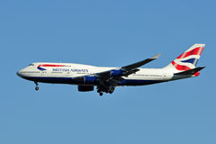 Atterrissage de British Airways Boeing 747 Photographie stock