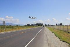 Atterrissage de Westjet à l'aéroport d'Abbotsford Images libres de droits