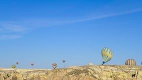 Atterrissage doux de ballon chaud Photographie stock libre de droits