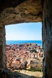 Atterrissage et port de rois de Dubrovnik ci-dessus photo stock