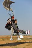 Atterrissage skydive tandem Photos stock