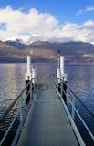 Atterrissage sur le lac Photos stock
