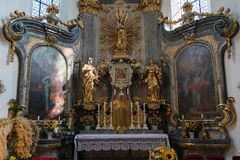 ATTERSEE, SALZKAMMERGUT/AUSTRIA - SEPTEMBER 18 : Altar in the Ca