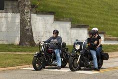 Attesa dei motociclisti Fotografia Stock Libera da Diritti