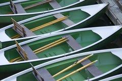 Attesa dei Rowboats Fotografie Stock