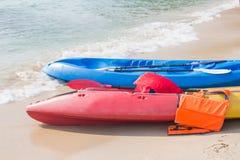 Attività della spiaggia, kayak Fotografia Stock Libera da Diritti
