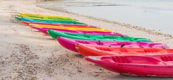 Attività della spiaggia, kayak Immagini Stock Libere da Diritti
