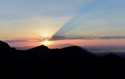 Attività di escursione e fare un giro turistico di alpinismo, Immagine Stock