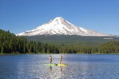 Attività e divertimento di estate del lago Trillium Fotografie Stock Libere da Diritti