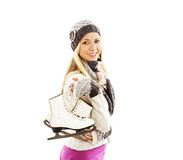 Attività graziosa degli sport invernali di pattinaggio su ghiaccio della donna nel sorridere del cappuccio Fotografie Stock Libere da Diritti