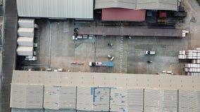 Attività logistica del magazzino in fabbrica stock footage