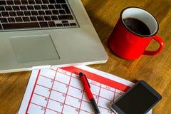 Attività mensili d'organizzazione nel calendario Immagine Stock