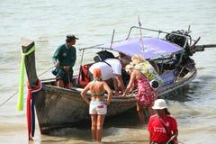 Attività turistica sulla spiaggia tropicale dell'isola di Krabi Fotografie Stock