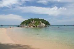 Attività turistica sulla spiaggia tropicale dell'isola di Phuket Immagini Stock Libere da Diritti