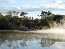 Attività geotermica nella sosta di Kuirau, Nuova Zelanda Fotografie Stock Libere da Diritti