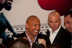 Attore Dwayne (la roccia) Johnson a Mosca Immagine Stock